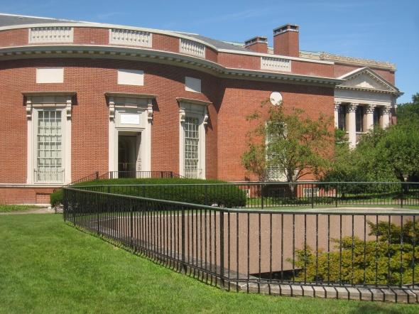 Houghton_Library_-_Harvard_University_-_IMG_0095